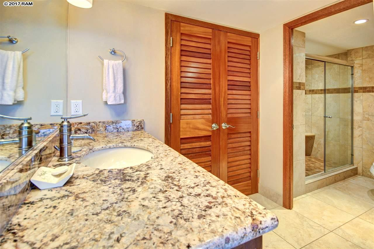 Mahana condo # 616, Lahaina, Hawaii - photo 12 of 20