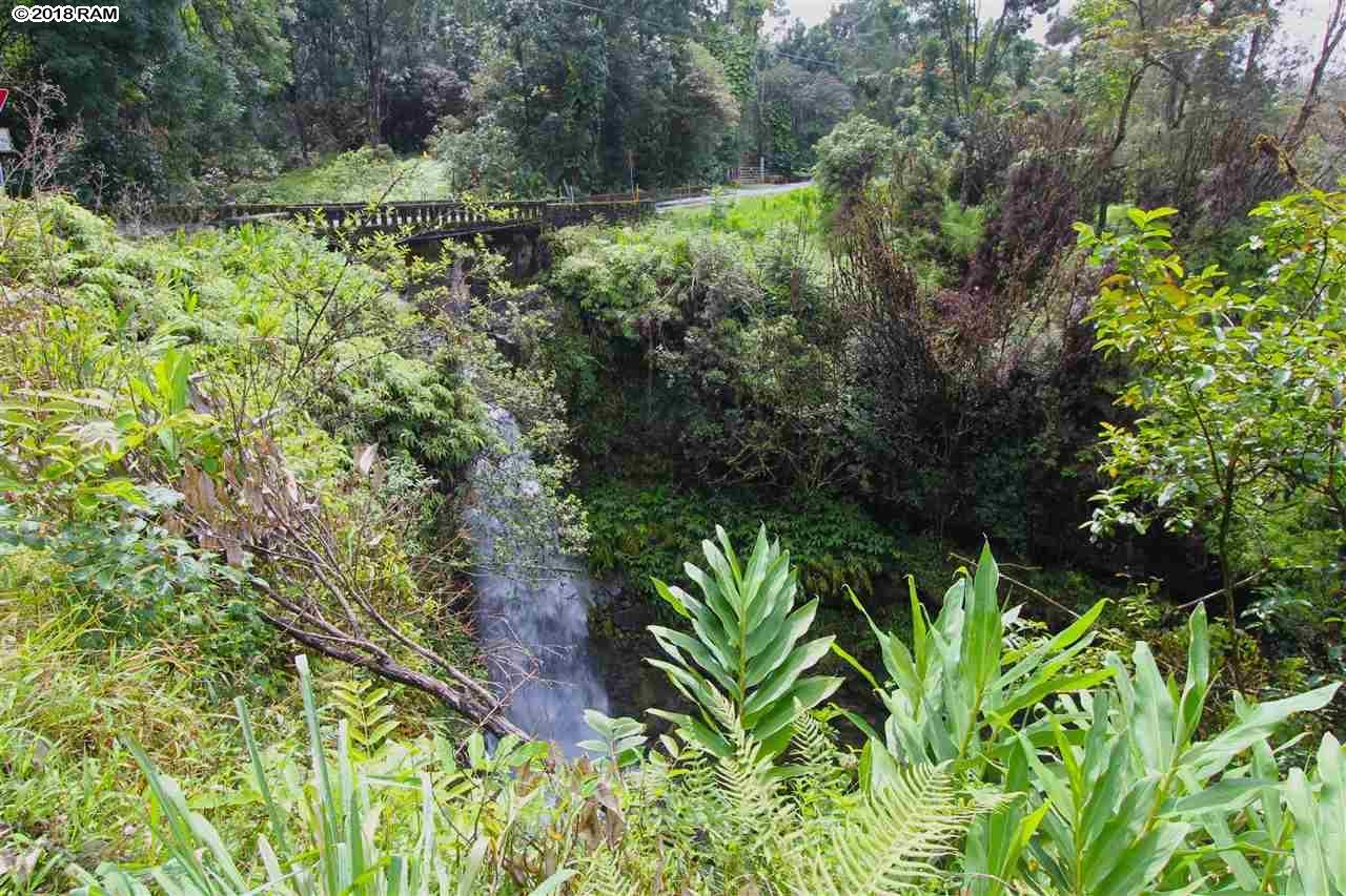 110 Nahiku Rd , Hi 96708 vacant land - photo 1 of 16