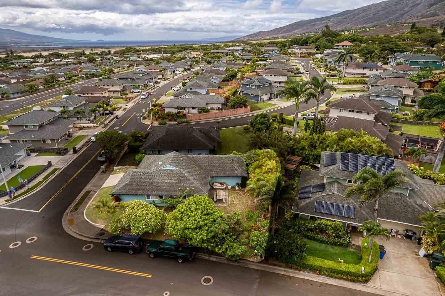 1326  Kawika St Waikapu, Wailuku home - photo 1 of 27