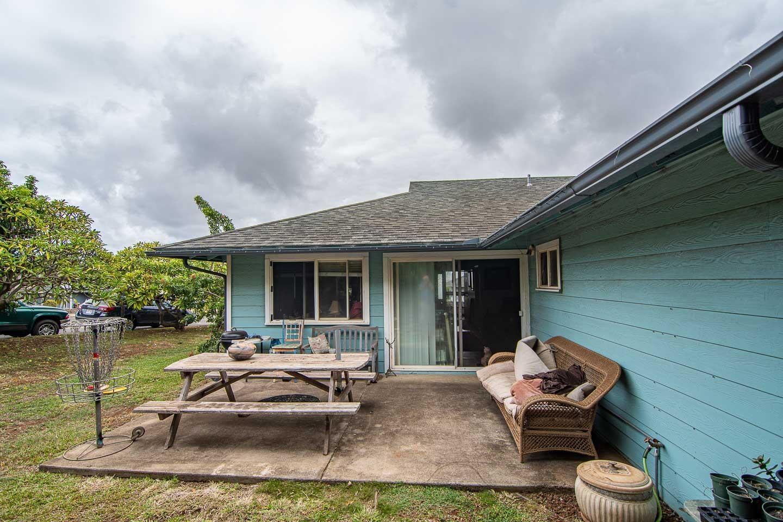 1326  Kawika St Waikapu, Wailuku home - photo 17 of 27