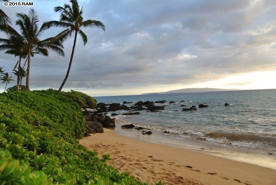 Kalama Villa condo # 204, Kihei, Hawaii - photo 9 of 20