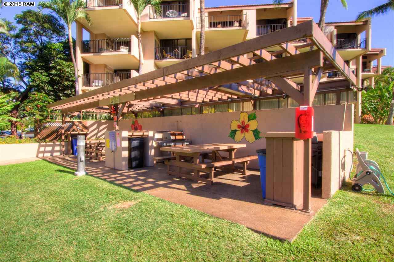 Kamaole Sands condo # 4404, Kihei, Hawaii - photo 4 of 15