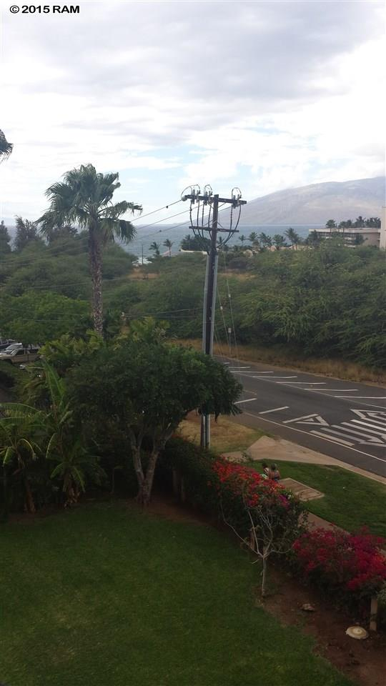 Kamaole Sands condo # 4404, Kihei, Hawaii - photo 8 of 15