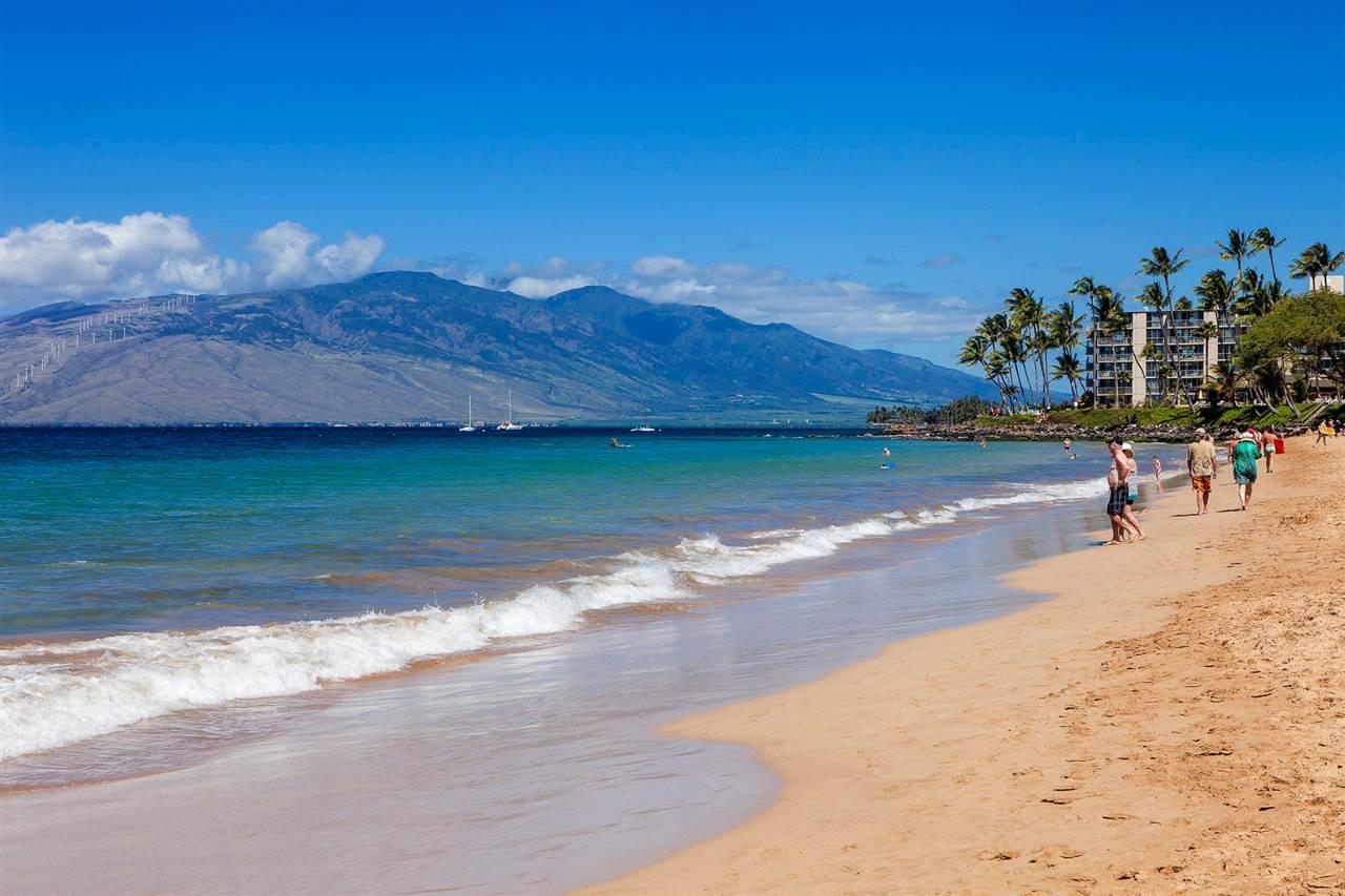 Kamaole Sands condo # 6-102, Kihei, Hawaii - photo 23 of 30