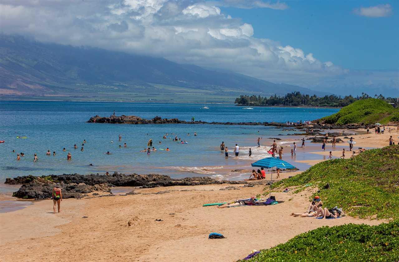Kamaole Sands condo # 6-102, Kihei, Hawaii - photo 26 of 30