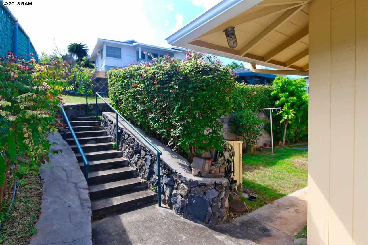 271  Liholiho St Wailuku, Wailuku home - photo 23 of 28