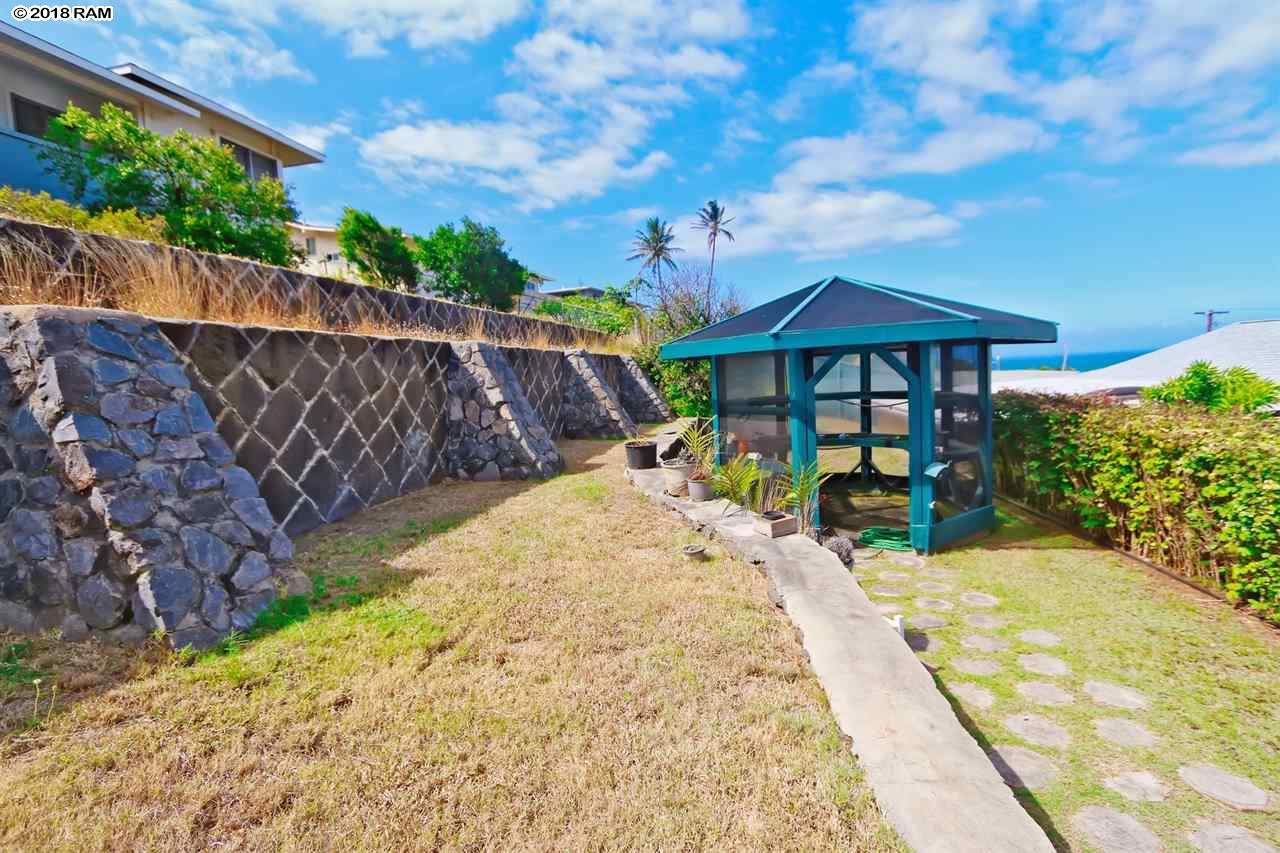 271  Liholiho St Wailuku, Wailuku home - photo 24 of 28