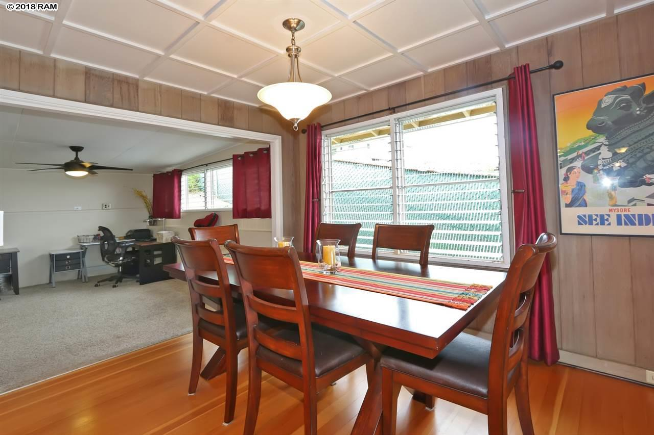 271  Liholiho St Wailuku, Wailuku home - photo 4 of 28