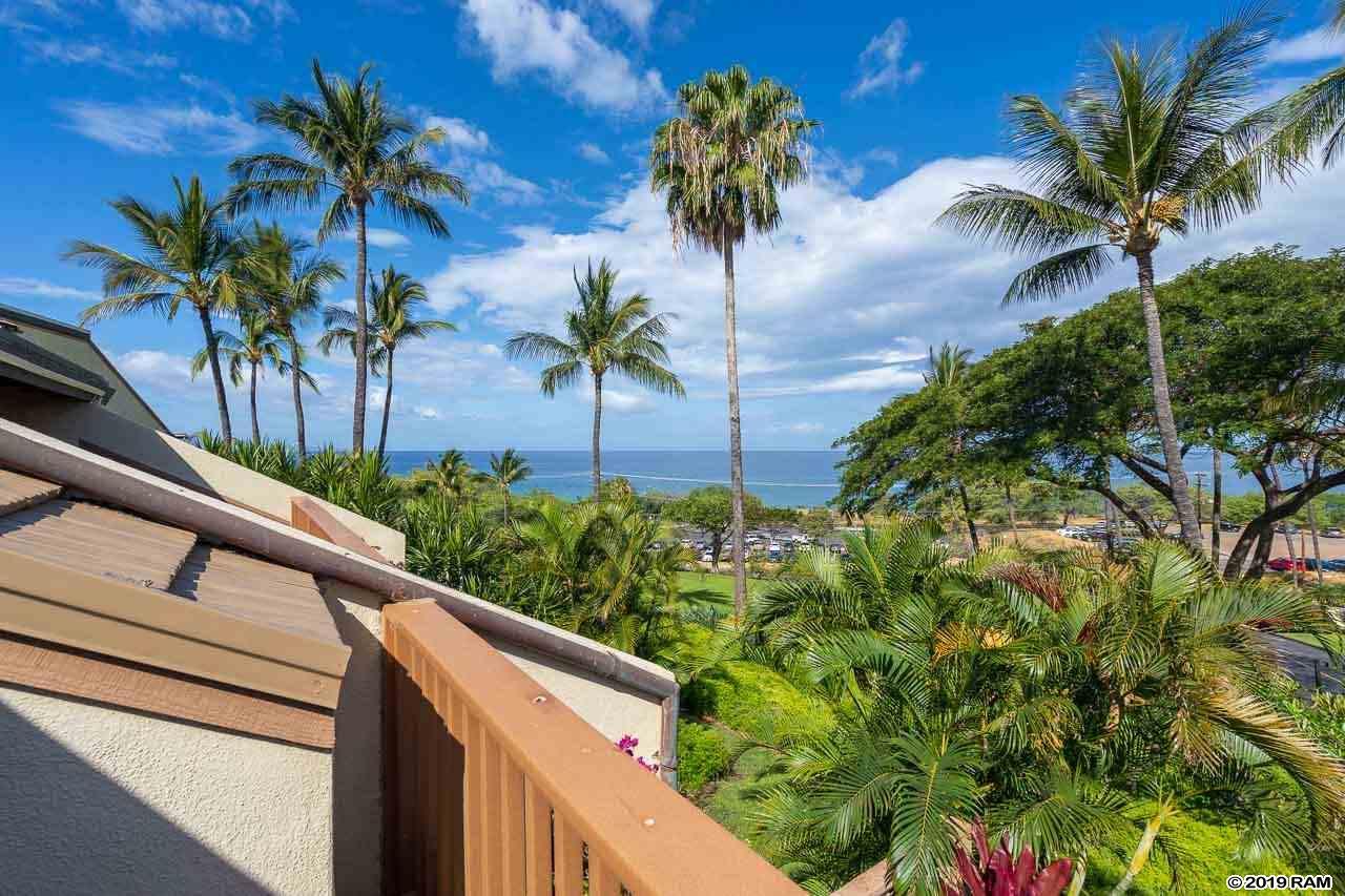 Maui Kamaole condo # A210, Kihei, Hawaii - photo 23 of 27
