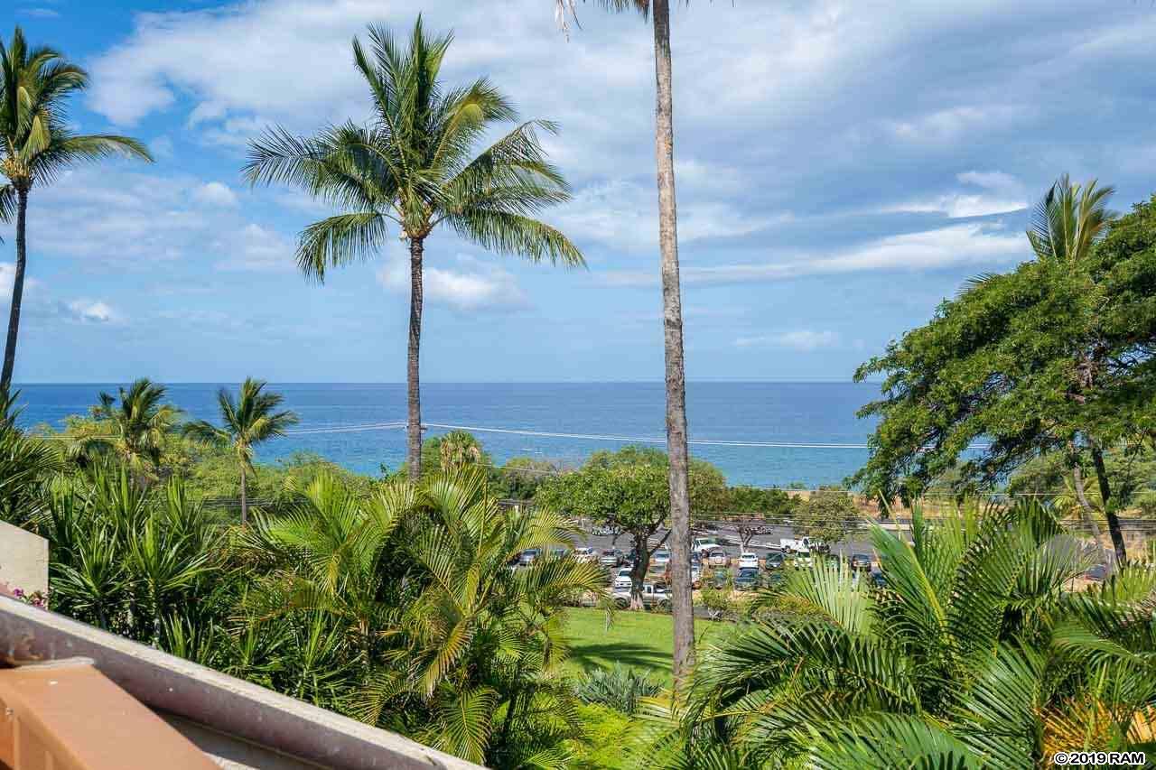Maui Kamaole condo # A210, Kihei, Hawaii - photo 24 of 27
