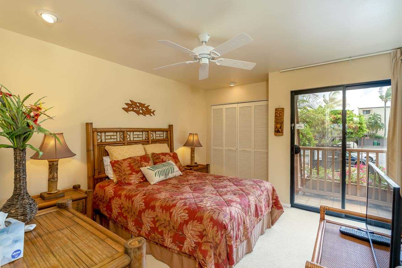 Maui Kamaole condo # J204, Kihei, Hawaii - photo 15 of 30