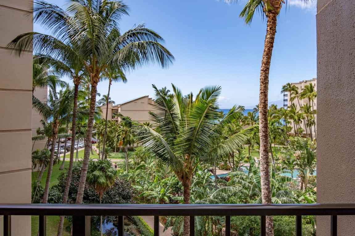Kaanapali Shores condo # 535, Lahaina, Hawaii - photo 16 of 20