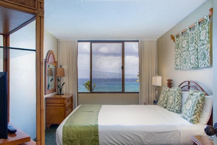Kaanapali Shores condo # 606, Lahaina, Hawaii - photo 11 of 24