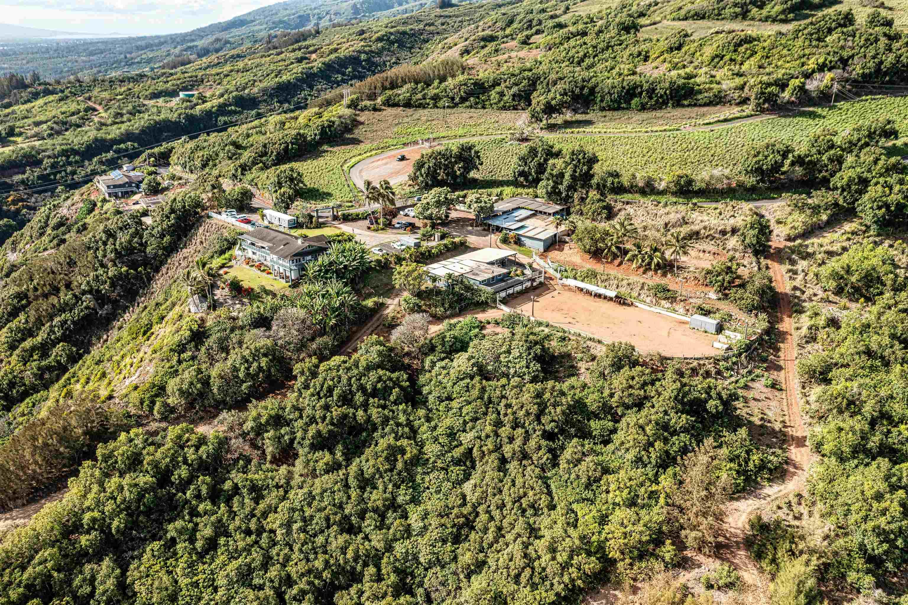 3530  Kahekili Hwy , Wailuku home - photo 5 of 8