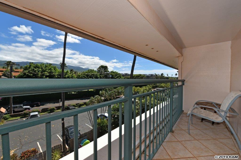 Makani Sands condo # 305, Lahaina, Hawaii - photo 25 of 30