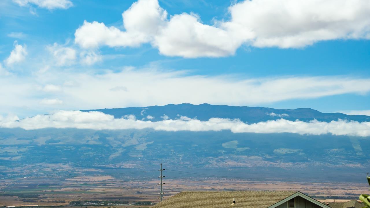 39  Makahakaha Loop , Wailuku home - photo 6 of 30