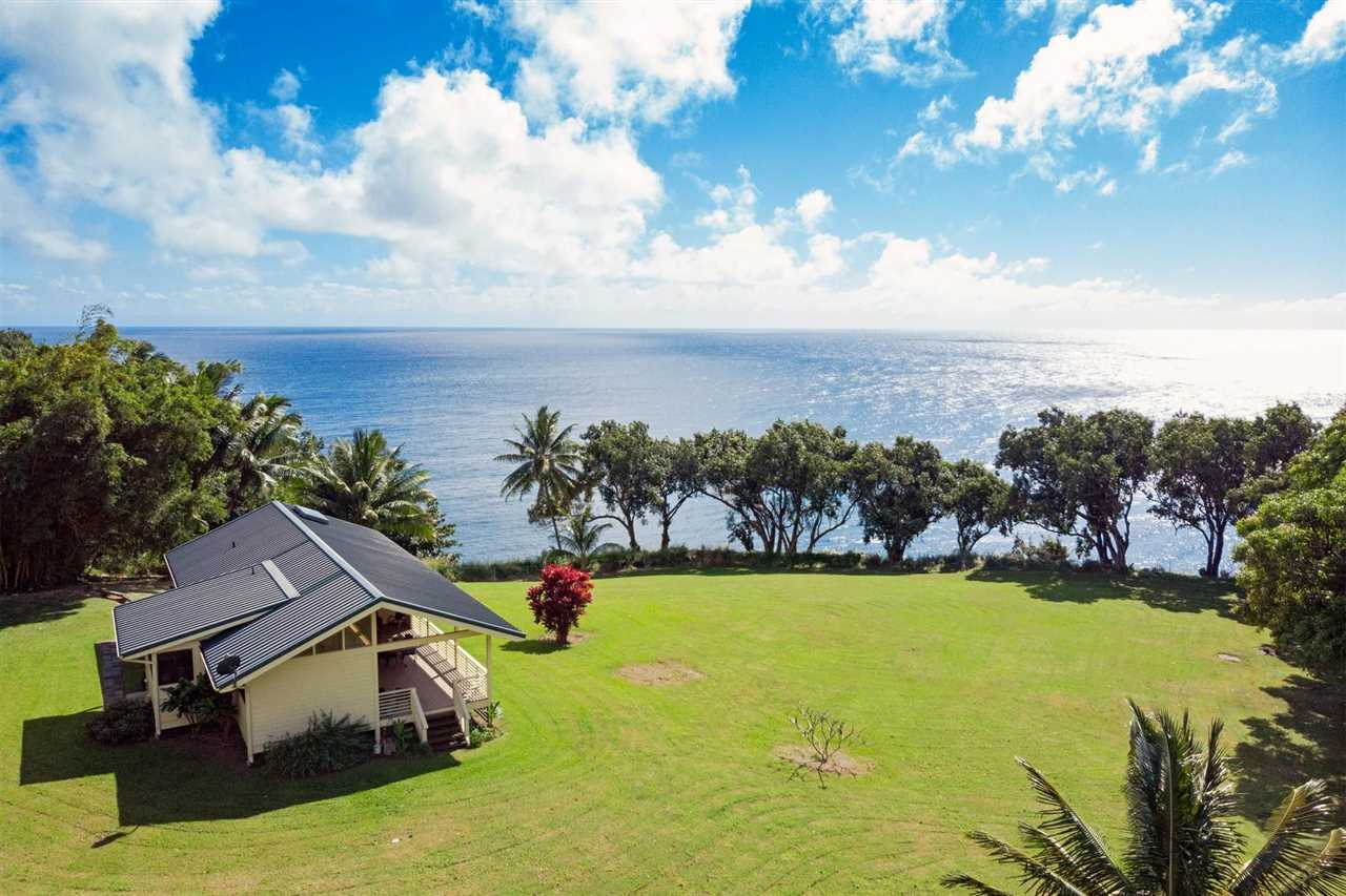39606  Hana Hwy Kipahulu, East Maui, Hana home - photo 1 of 29