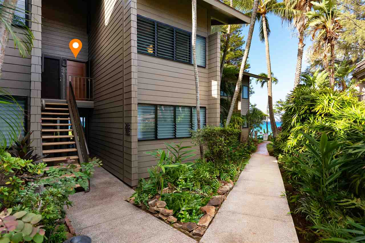 Polynesian Shores condo # 203, Lahaina, Hawaii - photo 20 of 30