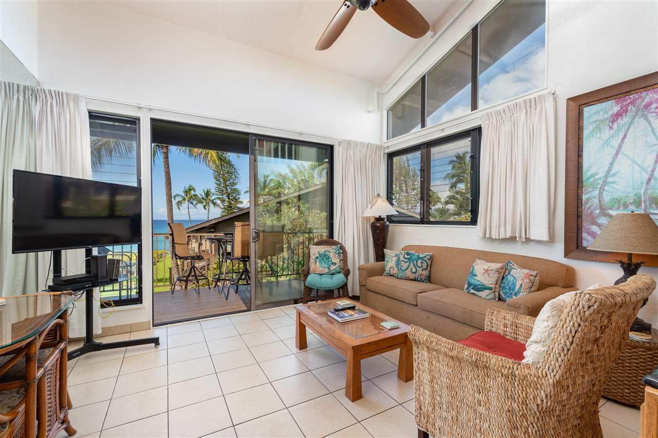 Polynesian Shores condo # 211, Lahaina, Hawaii - photo 3 of 28