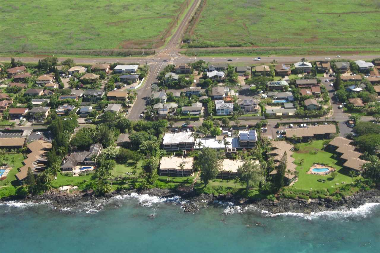 Mahinahina Beach condo # 112, Lahaina, Hawaii - photo 1 of 25