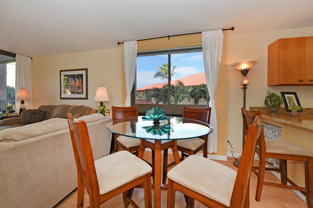 Kahana Manor condo # 301, Lahaina, Hawaii - photo 14 of 28