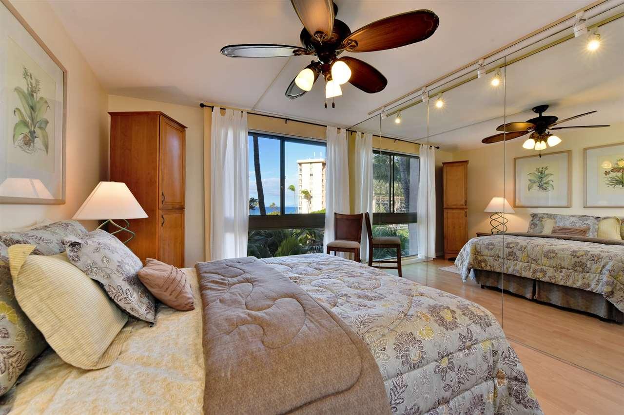 Kahana Manor condo # 301, Lahaina, Hawaii - photo 15 of 28