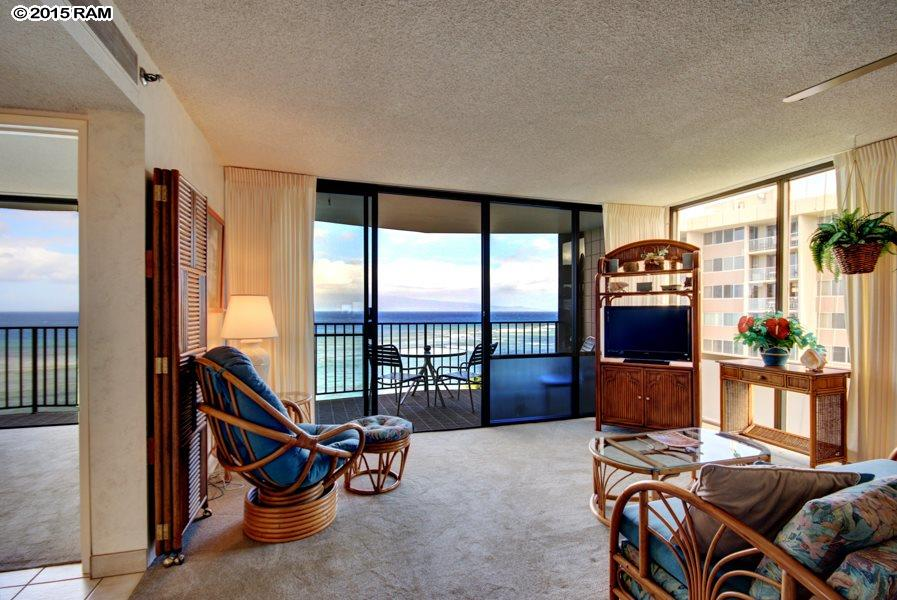 Valley Isle Resort condo # 1004, Lahaina, Hawaii - photo 7 of 25