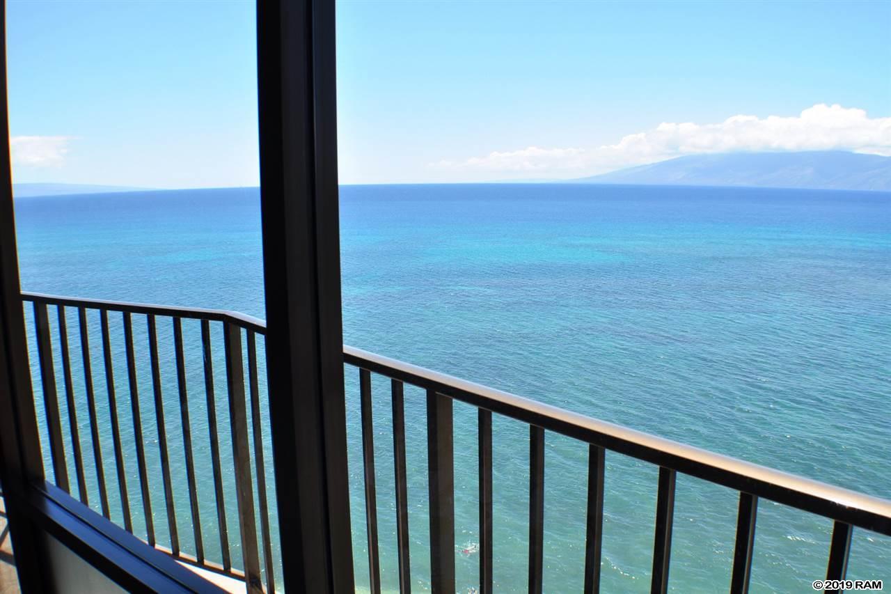 Valley Isle Resort condo # 1010, Lahaina, Hawaii - photo 19 of 24