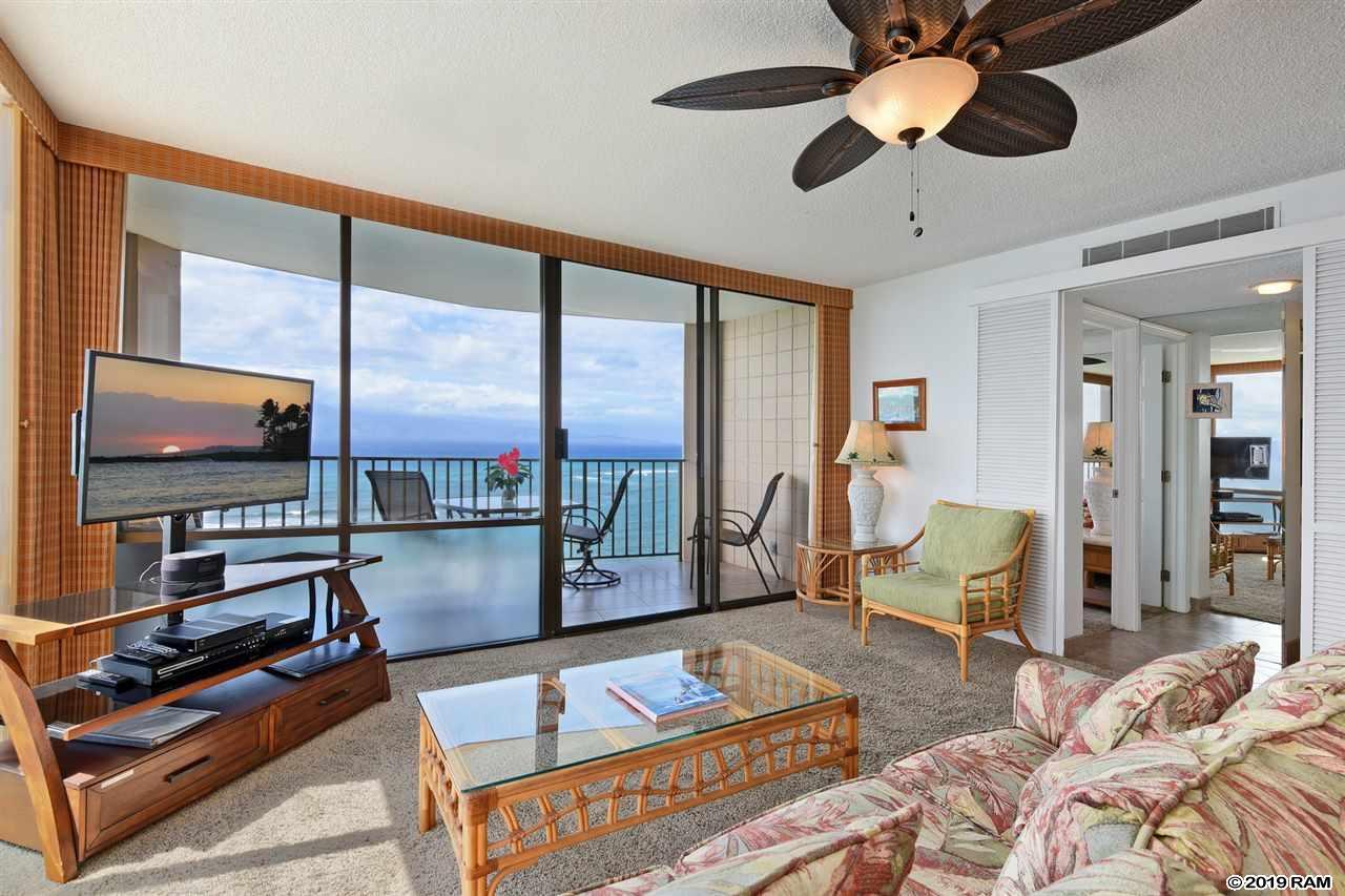 Valley Isle Resort condo # 1010, Lahaina, Hawaii - photo 4 of 24