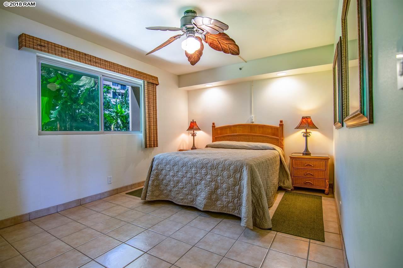 Valley Isle Resort condo # 109, Lahaina, Hawaii - photo 12 of 22