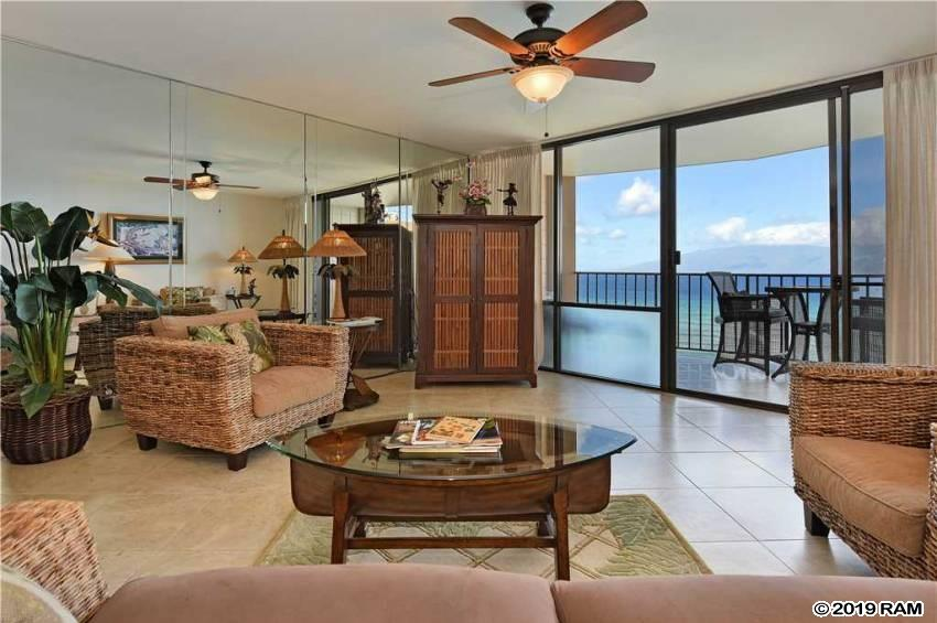 Valley Isle Resort condo # 1105, Lahaina, Hawaii - photo 4 of 26