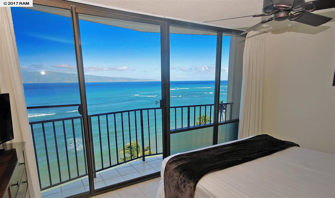 Valley Isle Resort condo # 1108, Lahaina, Hawaii - photo 7 of 18