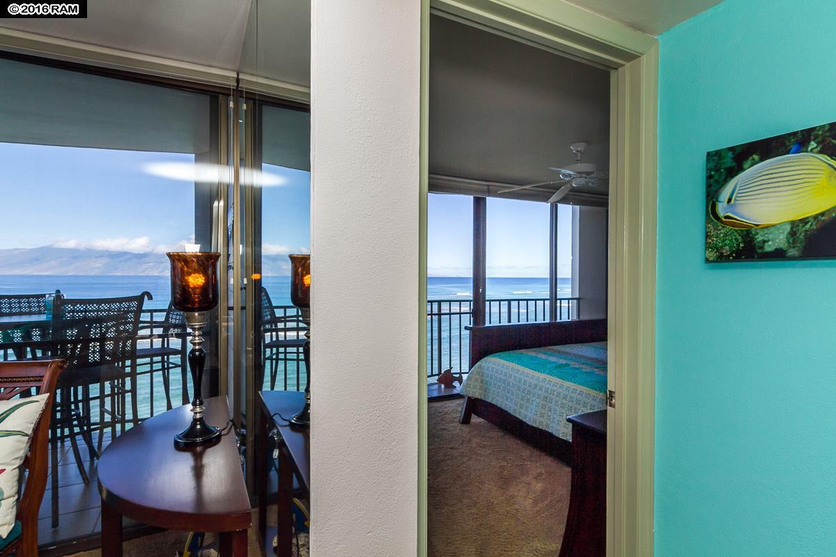 Valley Isle Resort condo # 1110, Lahaina, Hawaii - photo 18 of 30