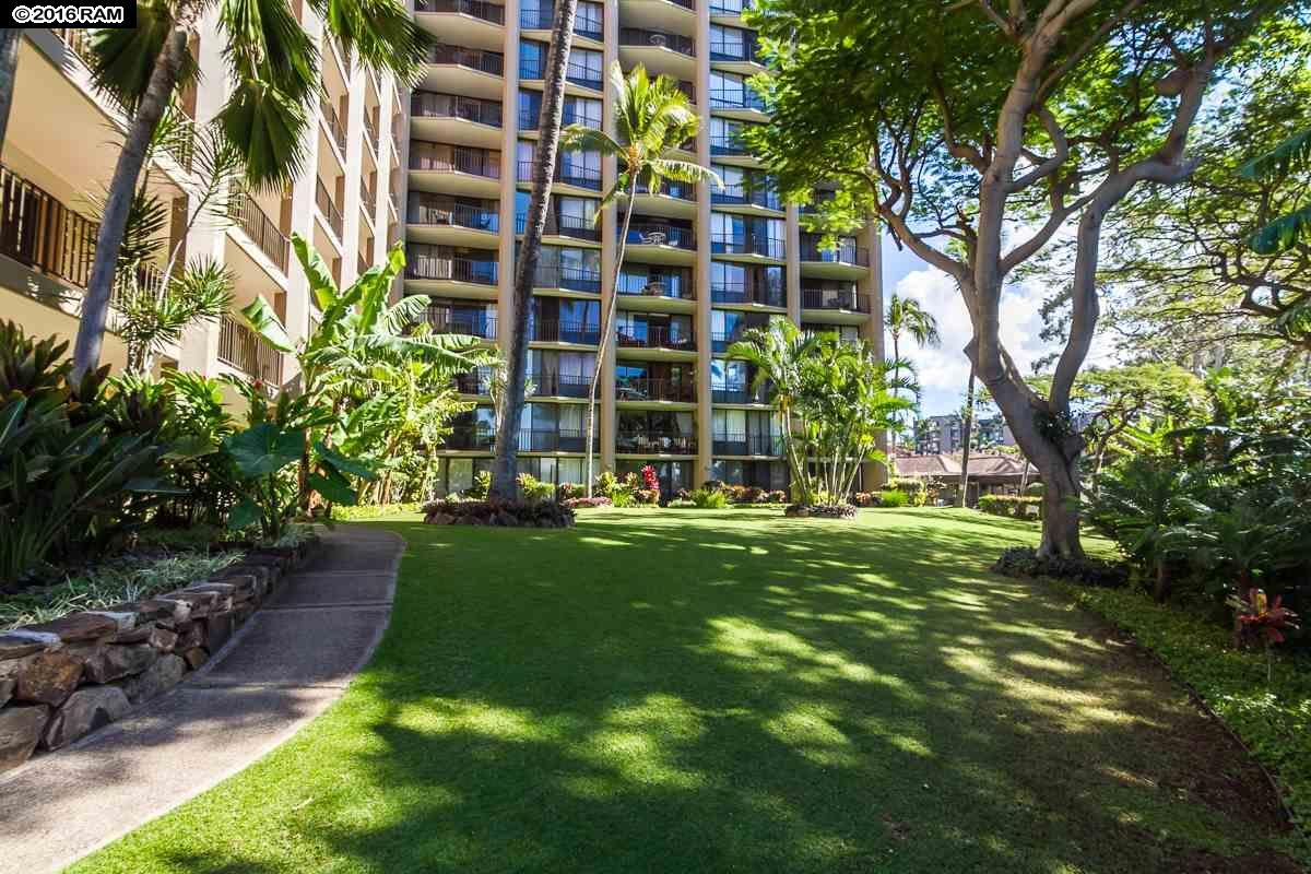 Valley Isle Resort condo # 1110, Lahaina, Hawaii - photo 25 of 30