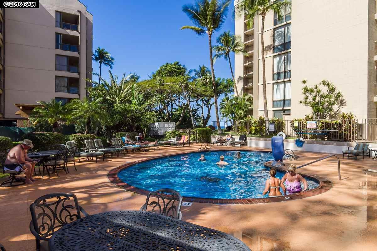 Valley Isle Resort condo # 1110, Lahaina, Hawaii - photo 28 of 30