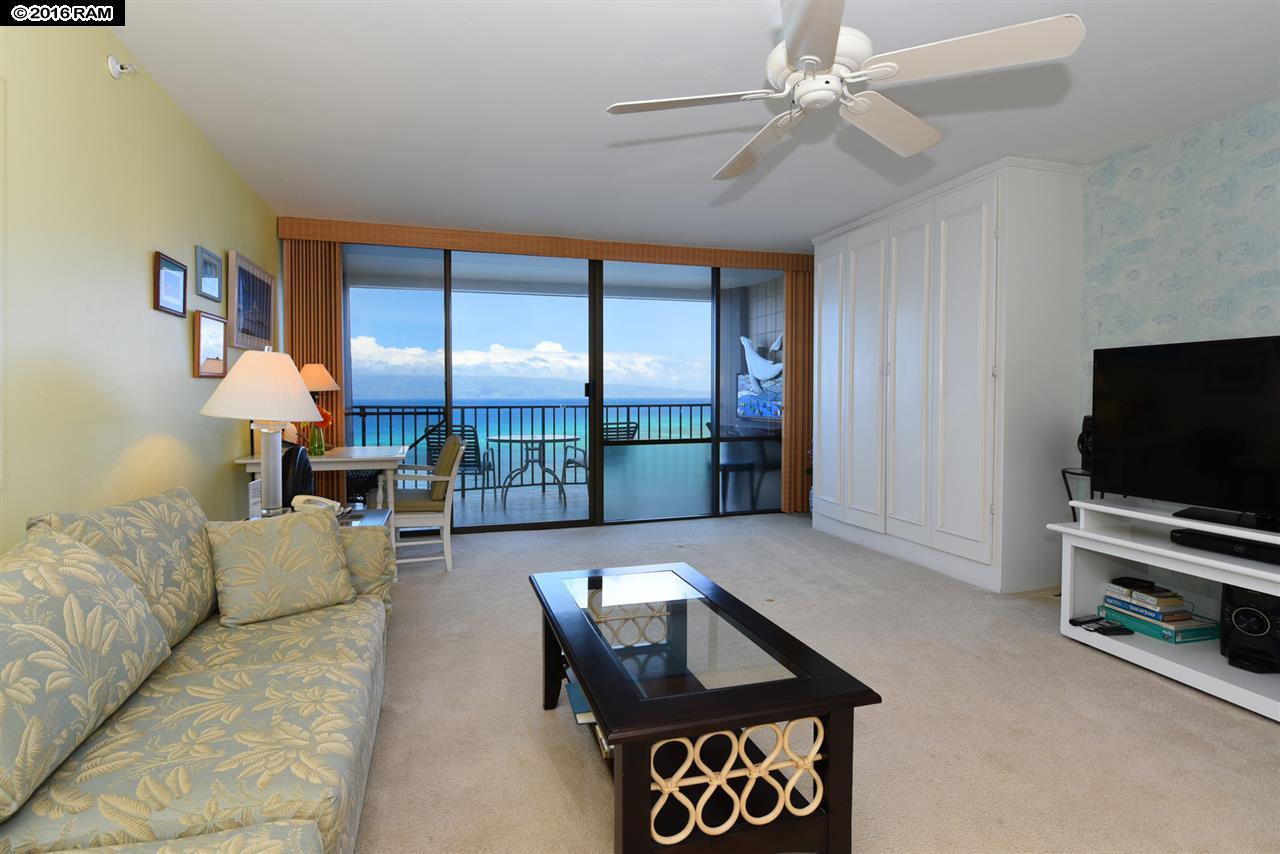 Valley Isle Resort condo # 1207, Lahaina, Hawaii - photo 16 of 30