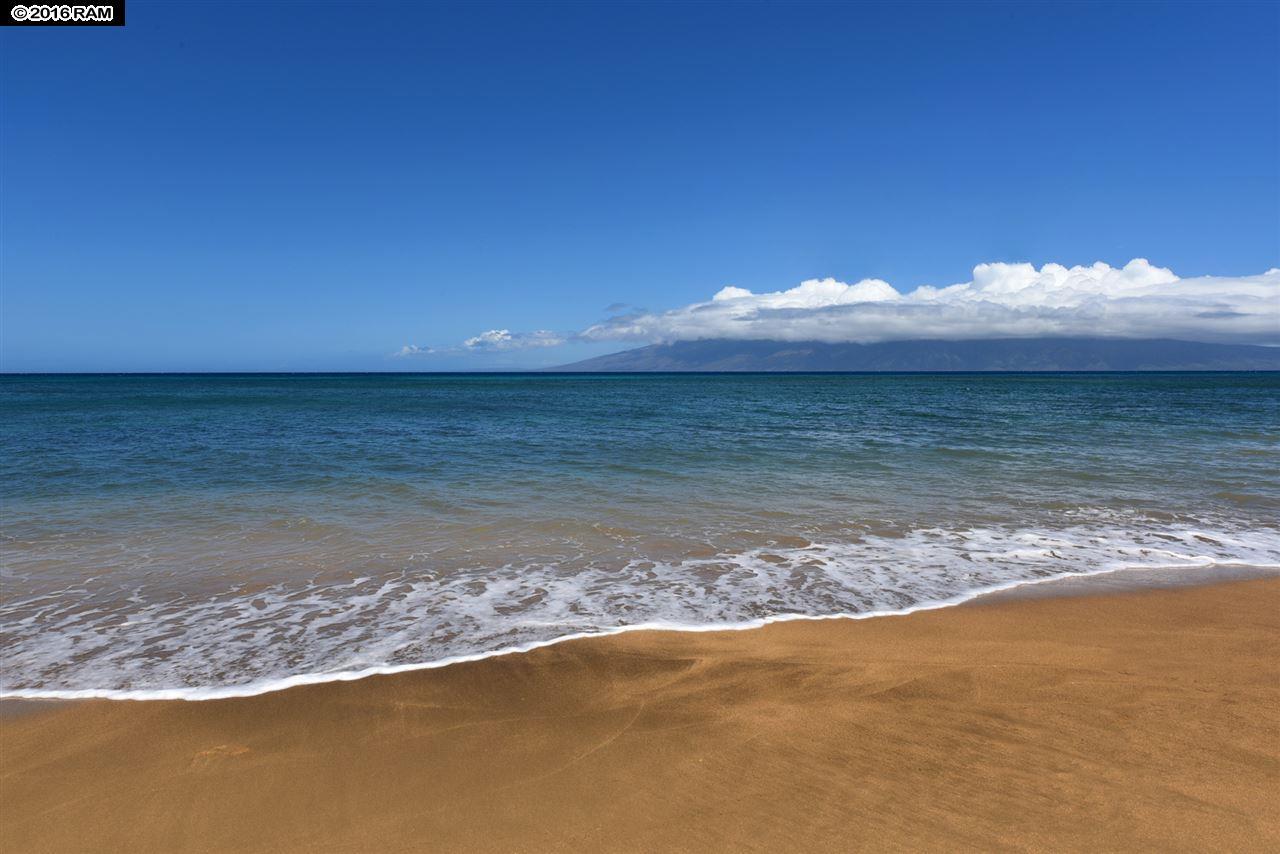 Valley Isle Resort condo # 1207, Lahaina, Hawaii - photo 26 of 30