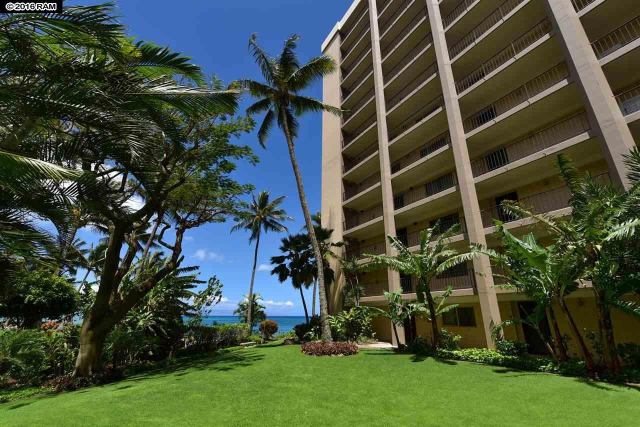 Valley Isle Resort condo # 1207, Lahaina, Hawaii - photo 27 of 30