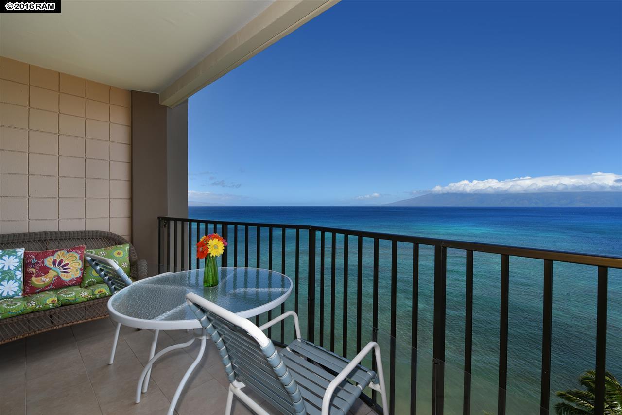 Valley Isle Resort condo # 1207, Lahaina, Hawaii - photo 6 of 30