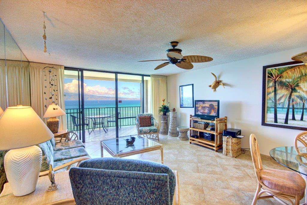 Valley Isle Resort condo # 1209, Lahaina, Hawaii - photo 11 of 30