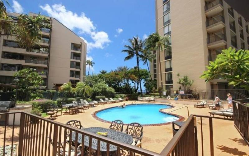 Valley Isle Resort condo # 1209, Lahaina, Hawaii - photo 29 of 30