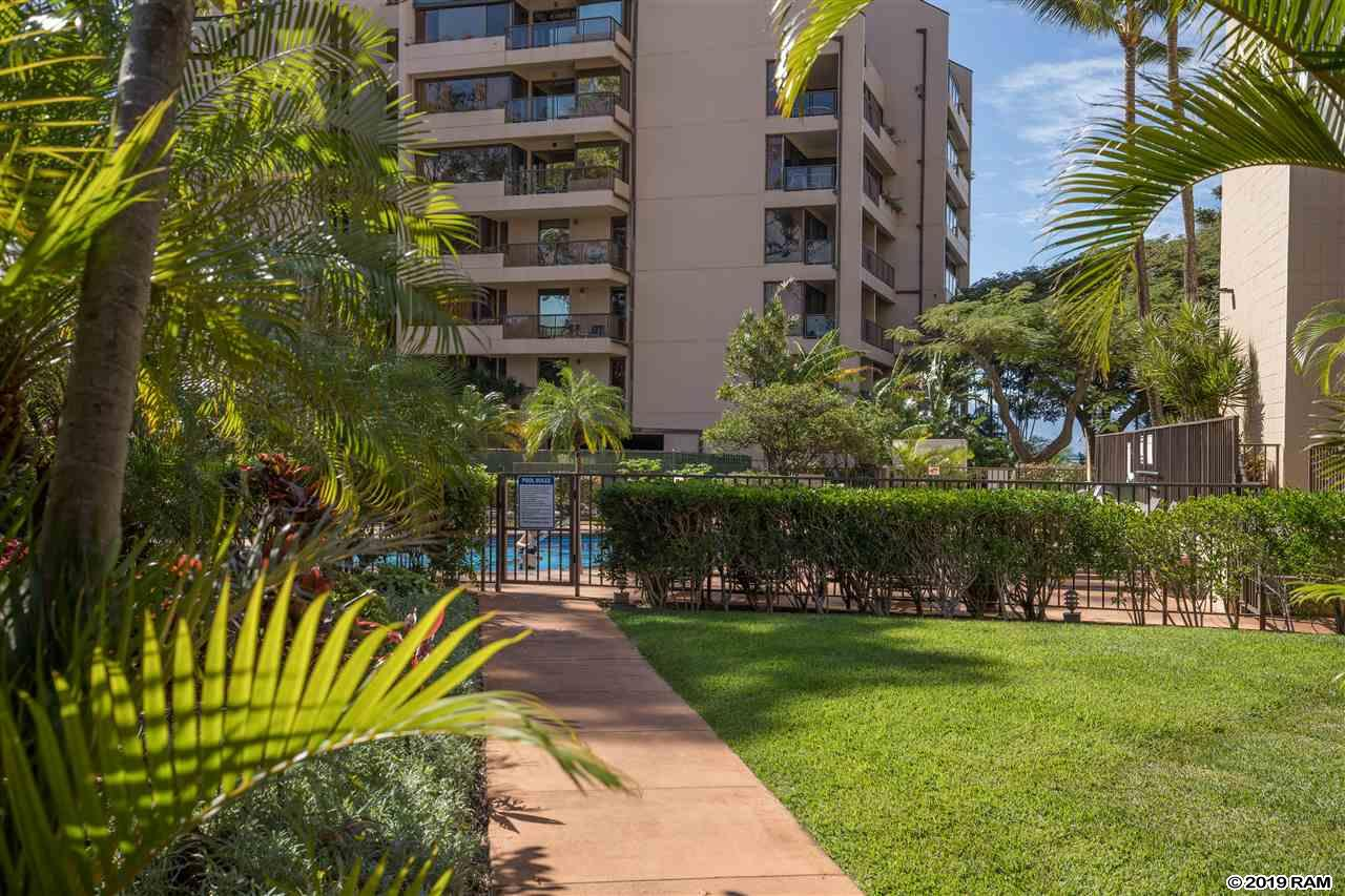 Valley Isle Resort condo # 205, Lahaina, Hawaii - photo 23 of 25