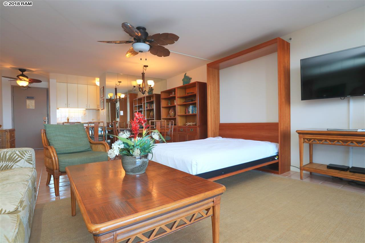 Valley Isle Resort condo # 205, Lahaina, Hawaii - photo 4 of 25