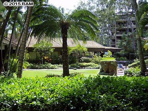 Valley Isle Resort condo # 306, Lahaina, Hawaii - photo 9 of 14
