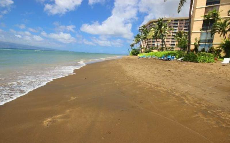 Valley Isle Resort condo # 309, Lahaina, Hawaii - photo 18 of 28