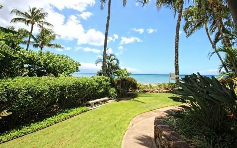 Valley Isle Resort condo # 309, Lahaina, Hawaii - photo 20 of 28