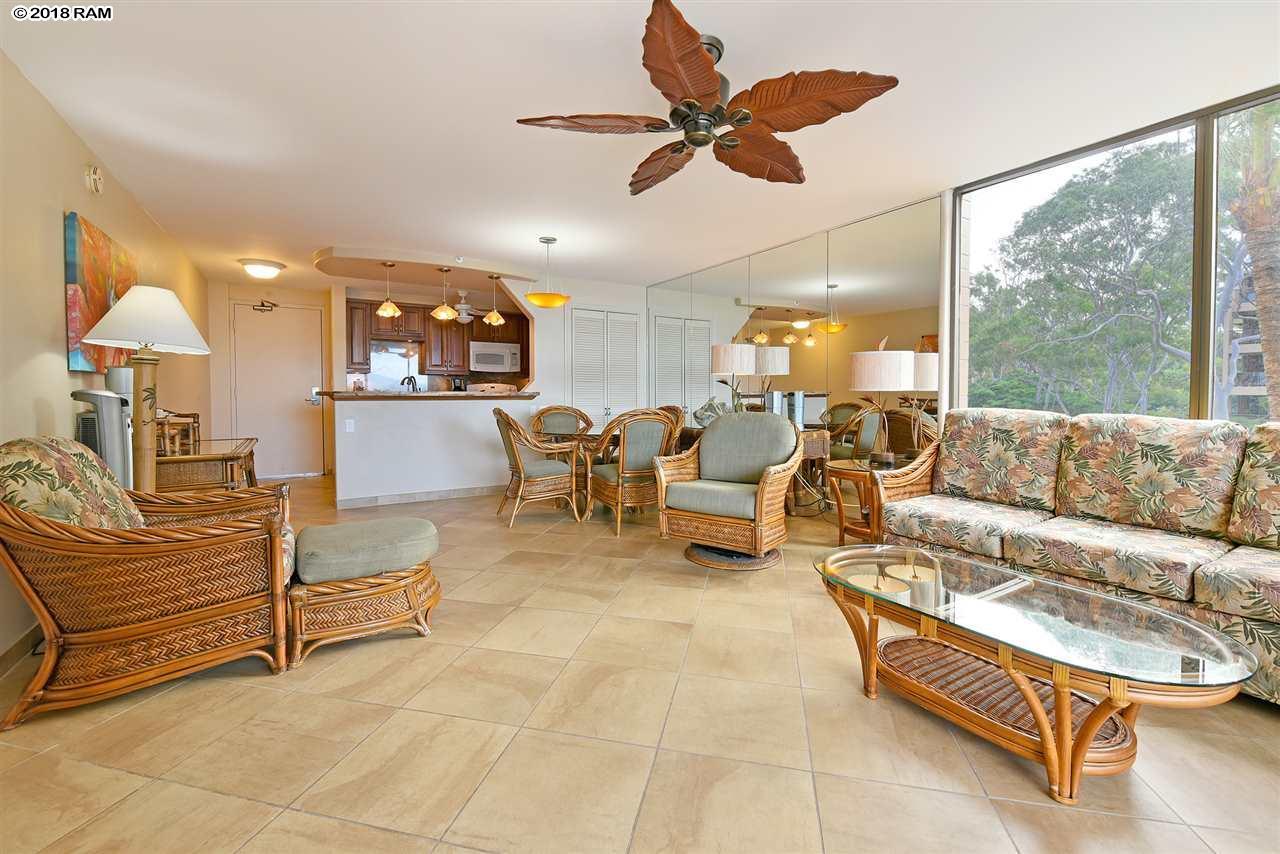 Valley Isle Resort condo # 401, Lahaina, Hawaii - photo 4 of 30