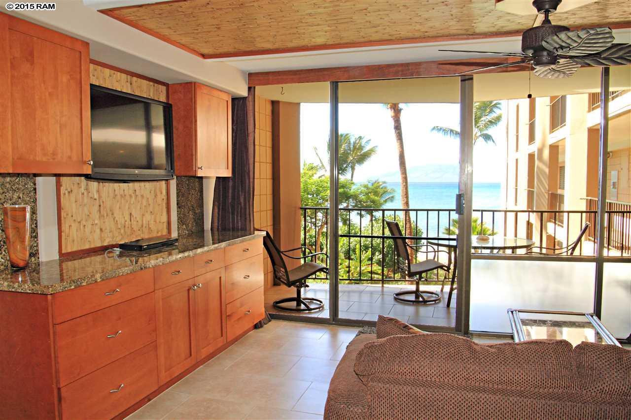 Valley Isle Resort condo # 403, Lahaina, Hawaii - photo 9 of 22