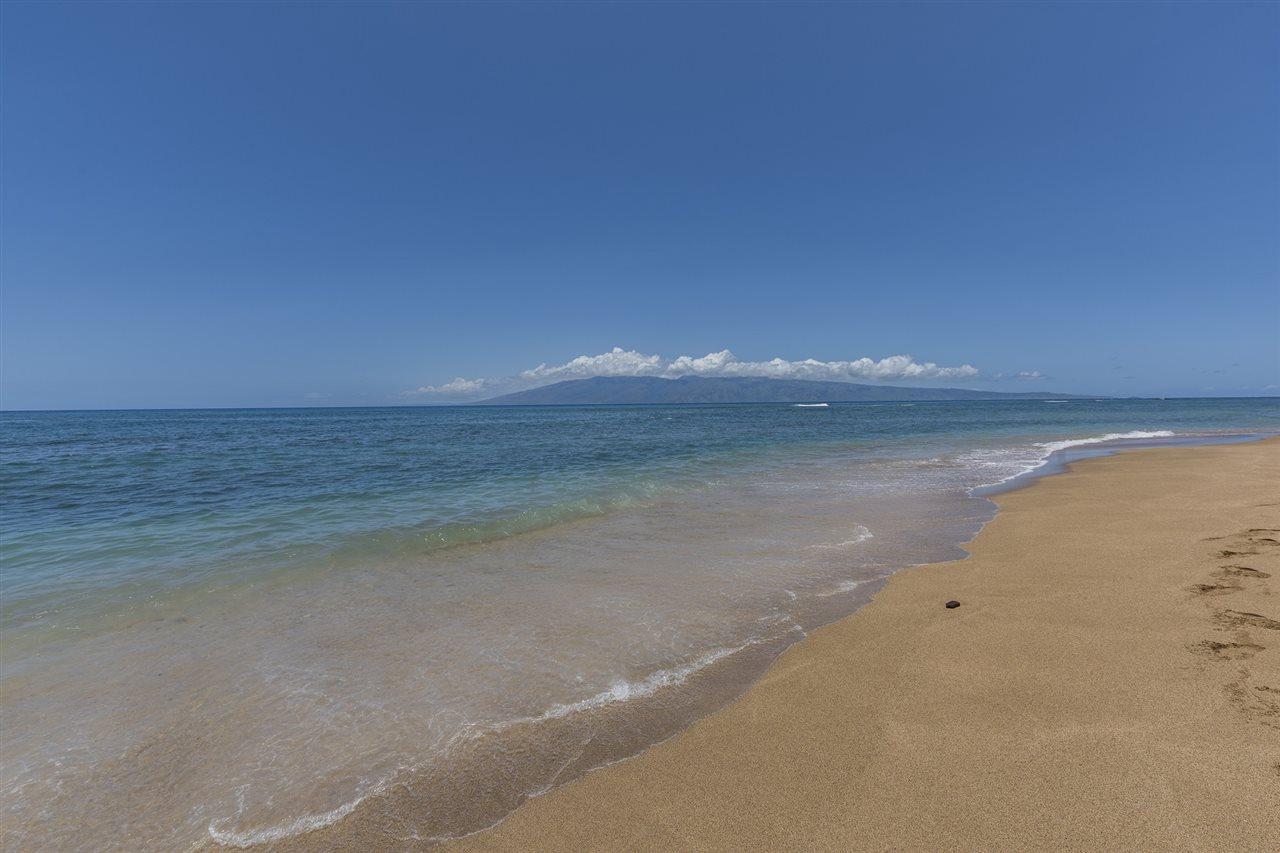 Valley Isle Resort condo # 405B, Lahaina, Hawaii - photo 25 of 28