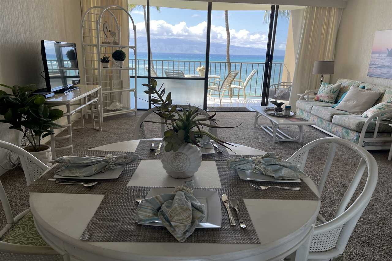 Valley Isle Resort condo # 405B, Lahaina, Hawaii - photo 9 of 28
